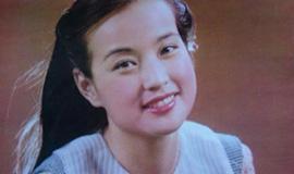 刘晓庆旧照:模样清纯笑容甜美