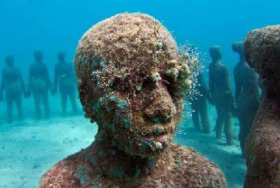海底发现神秘人类 疑似特异外星人-中国搜索国际
