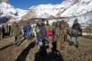 喜马拉雅山发生雪崩 24人遇难百人失踪